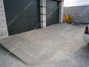 площадка перед гаражом из бетона