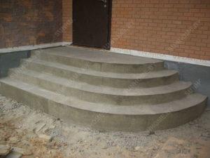 парадная лестница из бетона